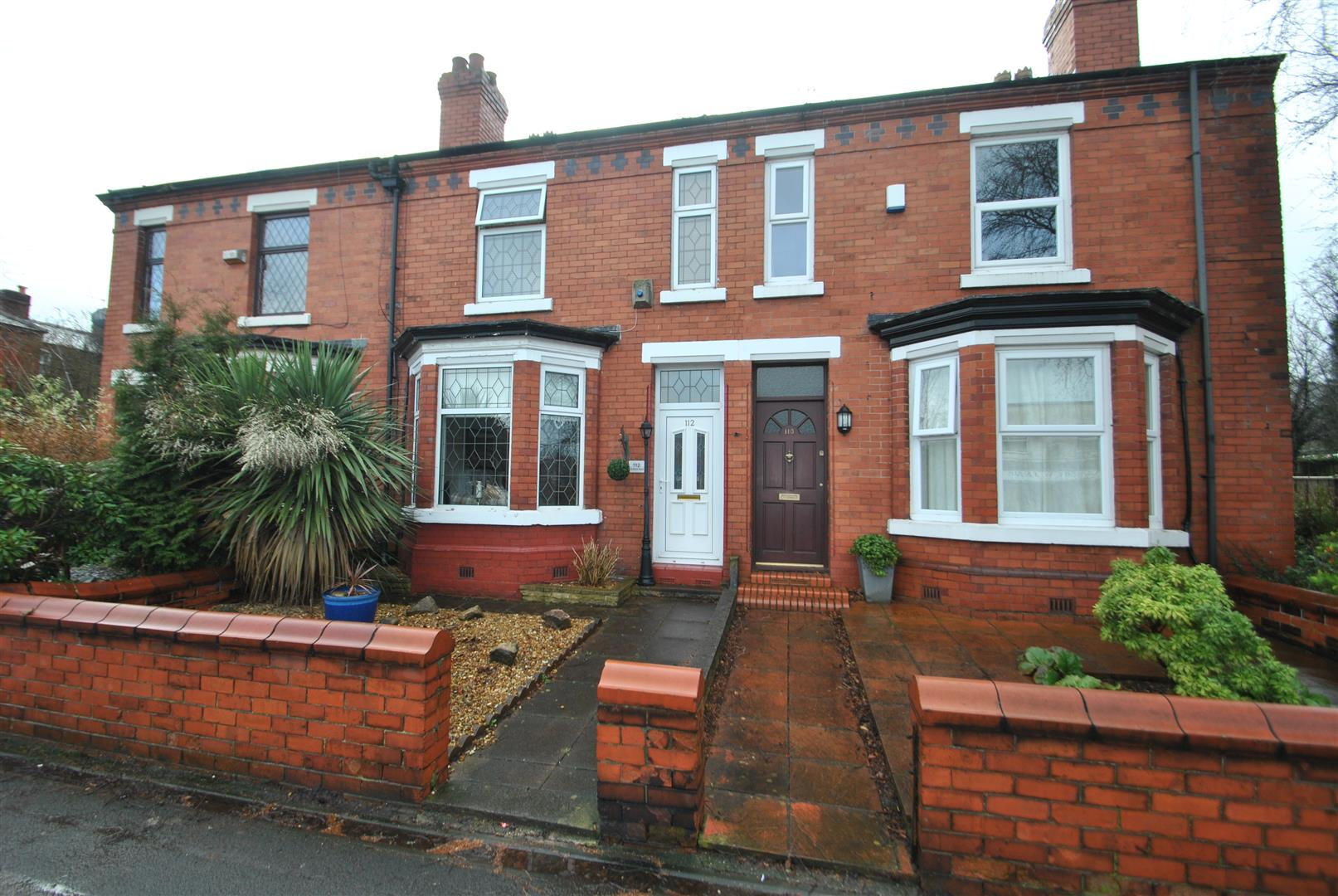3 Bedrooms Terraced House for sale in Knutsford Road, GRAPPENHALL, Warrington, WA4